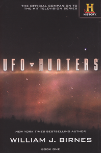 Cover of UFO Hunters Book One.